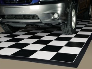 Welded 75 Mil Ceramic 10′x20′ -- Checkerboard with Black Border
